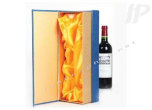 in vỏ hộp rượu